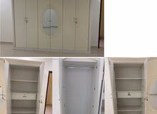 Cabinet with 6 doors