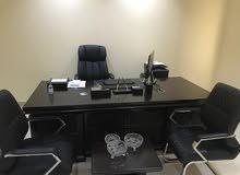 للتقبيل مكتب مؤثث جديد لم يستخدم