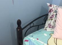 سرير مستعمل بحاله جيدة