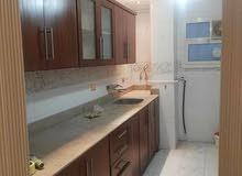 شقة دور ارضي 190م للايجار بالتجمع الخامس بالمطبخ