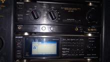 سستم صوت سوني ياباني اصلي موديل V810 خمسه قطع متكون من CD ومسجل دبل كاسيت وراديو