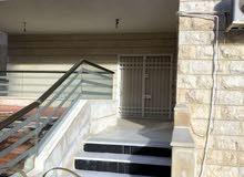 شقة ارضية ممبزة للبيع في تلاع العلي 215م مع ترسات 30م تشطيب سوبر ديلوكس