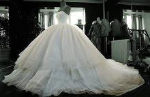 تجهيز  دولاب ملابس الزفاف والعروسين - غسيل جاف 5 نجوم -إستلام وتوصيل مجانا