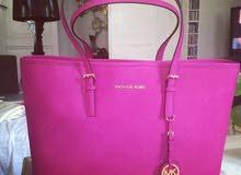 Michael Kors shoulder pink bag
