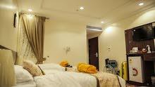 غرفه مفروشه مع الحمام  للايجار الشهري  نظام فندقي شامل الكهرباء والماء
