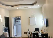للايجار شقة في قلالي شامل الكهرباء