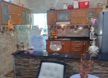 للبيع .شقة و ستيديو في شارع جمال متفرعة من شارع شوقي .