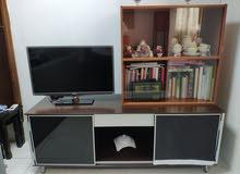 طاولة تلفاز مع مكتبه