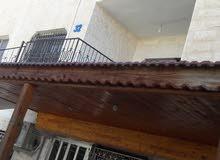 عمارة سكنية للبيع مع ارض تصلح مدرسة3 طوابق وروف