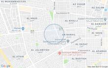شقة للايجار في موقع متميز بالجلوية على بعد 250 متر من شارع المزارع  الملك سعود مع كامل محتوياتها