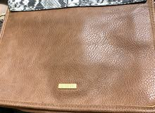 Sharjah - Hand Bags for sale Used