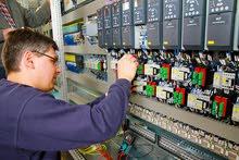 مطلوب مهندس كهرباء (تمديدات وتحكم)