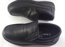 حذاء رجالي طبي مريح للقدمين