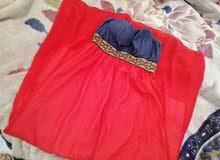 فستان بحالة ممتازة للبيع