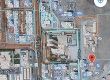 للبيع ارض سكني تجاري في مطرح M.B.D خلف فندق شيرتون