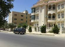 عماره عمان شارع الاذاعه والتلفزيون مساحة مكونه 1040م مربع خمس طوابق