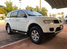 Used condition Mitsubishi Pajero 2013 with  km mileage