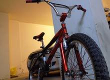دراجة هوائية من نوع BMX جنط 20 لإنها BMX بسعر ممتاز!