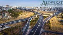 ارض للبيع في طريق المطار (خربة سكا) , مساحة الارض 900م