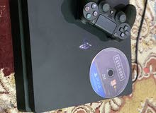 سوني 4 سليم 1 تيرا بايت-PS4 slim 1TB only used 2 month
