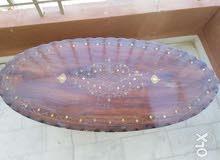 طاولة خشب ورد أنتيك