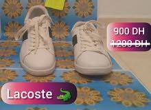 Lacoste  حذاء جديد للبيع