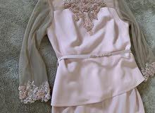 بدلة تلبس 42-44