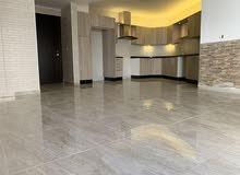 رقم العرض ( 7934 ) للبيع او  الإيجار شقة سوبر ديلوكس فارغة في منطقة دير غبار 2 نوم مساحة 100 م