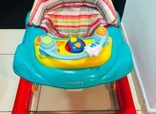 مشاية طفل من جونييرز - مستعملة