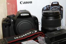 كانون 550D - Canon - مع كامل ملحقاتها  استعمال منزلي خفيف . بالباكو  بدون عيوب