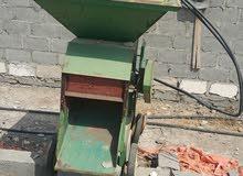 للبيع مكينة طحن اخشاب وحبوب
