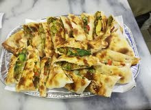 معلم فطائر شامية و بيتزا إيطالي و حواوشي و خبز فرن ل الشاورما