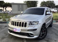 للبيع jeep srt8 6.4 خليجي فل ابشن .