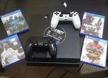 PS4 مع 5 اشرطه