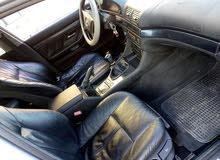 BMW فيه خامسه كمبيو عادي السيارة فيها لمبرانا و الباقي امورها تمام والصور تحكم و
