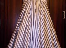 فستان سهرة مقاس 46 نظيف ملبوس مرتين بس ع 350