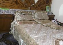 غرفة نوم 5 أبواب مع كافة ملحقاتها مستعمله صاج