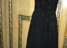 فستان طويل اسود