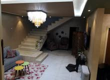 Villa in Jabal Tareq - Zarqa and consists of 4 Rooms and 3 Bathrooms