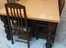 طاولة زان كبيرة مع عشر كراسي