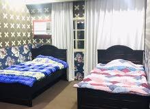 شقة واسعة ومفروشة بالكامل للايجار في البسيتين غرفتين شامل الكهرباء