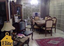 شقه طابق ثالث للبيع في الاردن - عمان - الجاردنز بمساحه 213م