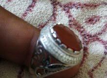 الخاتم فضه 925 والعقيق يمني اسود ملكي