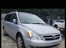 Hyundai Entourage car is available for sale, the car is in Used condition