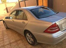 Available for sale! +200,000 km mileage Mercedes Benz C 200 2004
