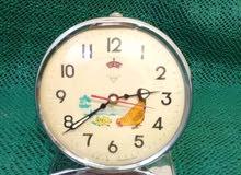 ساعة دجاجة قديمة نقية تعمل بشكل جيد جدا