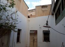 منزل مساحته 200 م شارع الصريم ملاصق لمجسد بوحميرا 330 الف