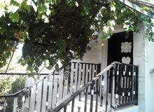 منزل مكون من طابقين لكل طابق مدخل مستقل ومؤسس لاربع طوابق في ماحص البيع كاش ميةوسبعة الاف صافي