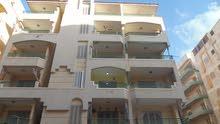 شقة واجهه بحري في شارع رئيسي مسجلة في شاطئ النخيل