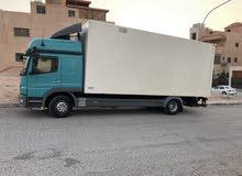 شاحنة مرسيدس موديل 2010